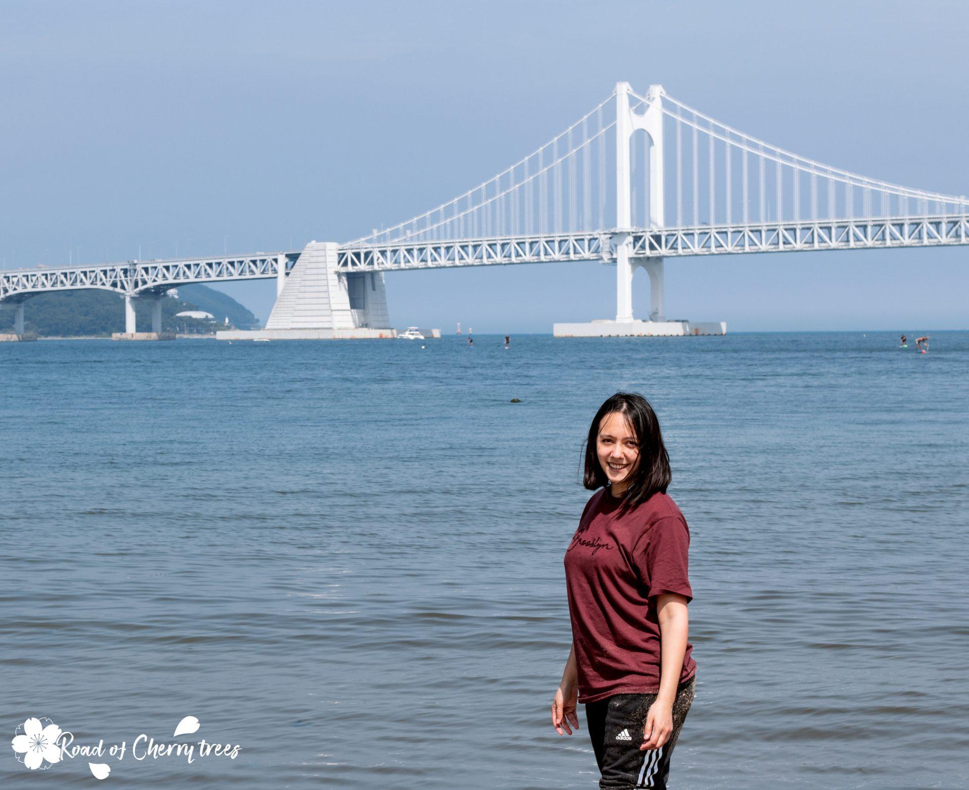 Séance photo sur la plage de Gwangalli, Busan, Corée du Sud