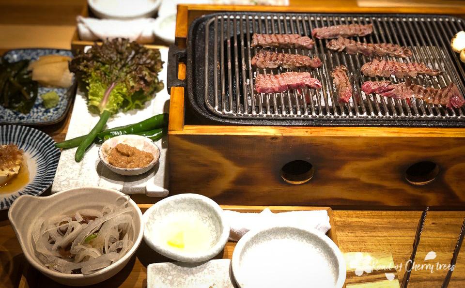 Barbecue coréen avec de la viande de bœuf